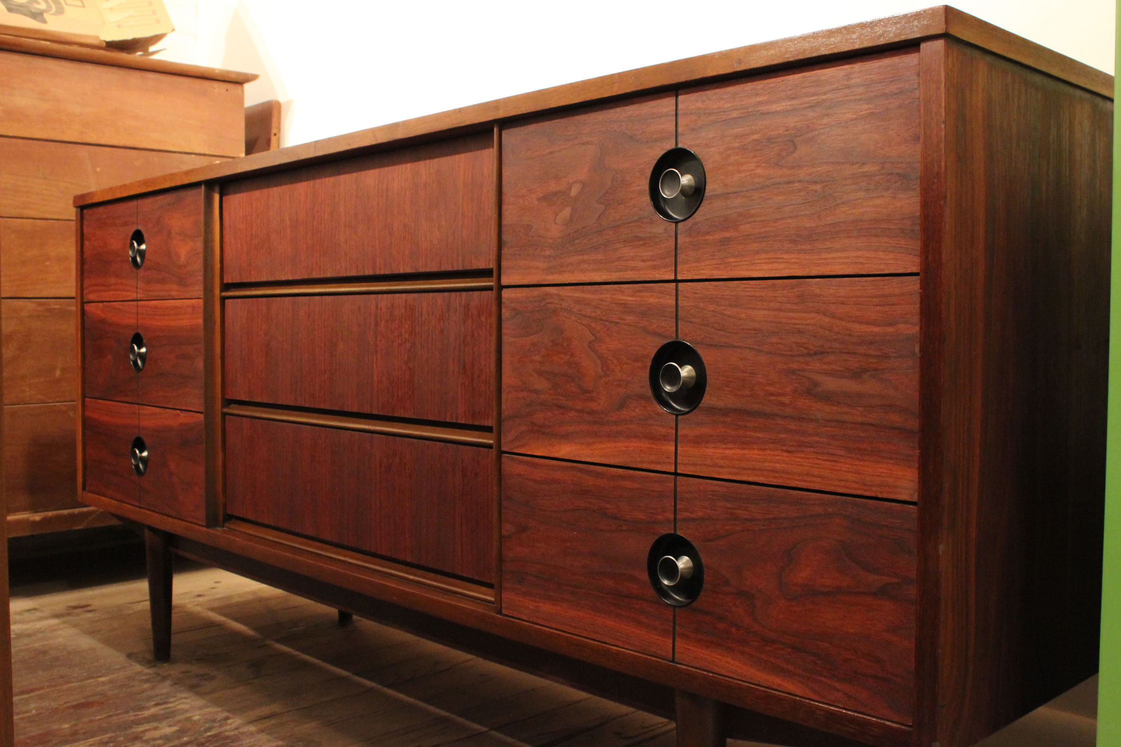 Mid Century Modern Walnut Credenza By Stanley 29royal